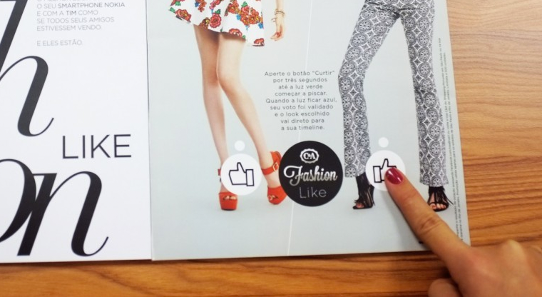 Print magazine features working Facebook 'Like' buttons