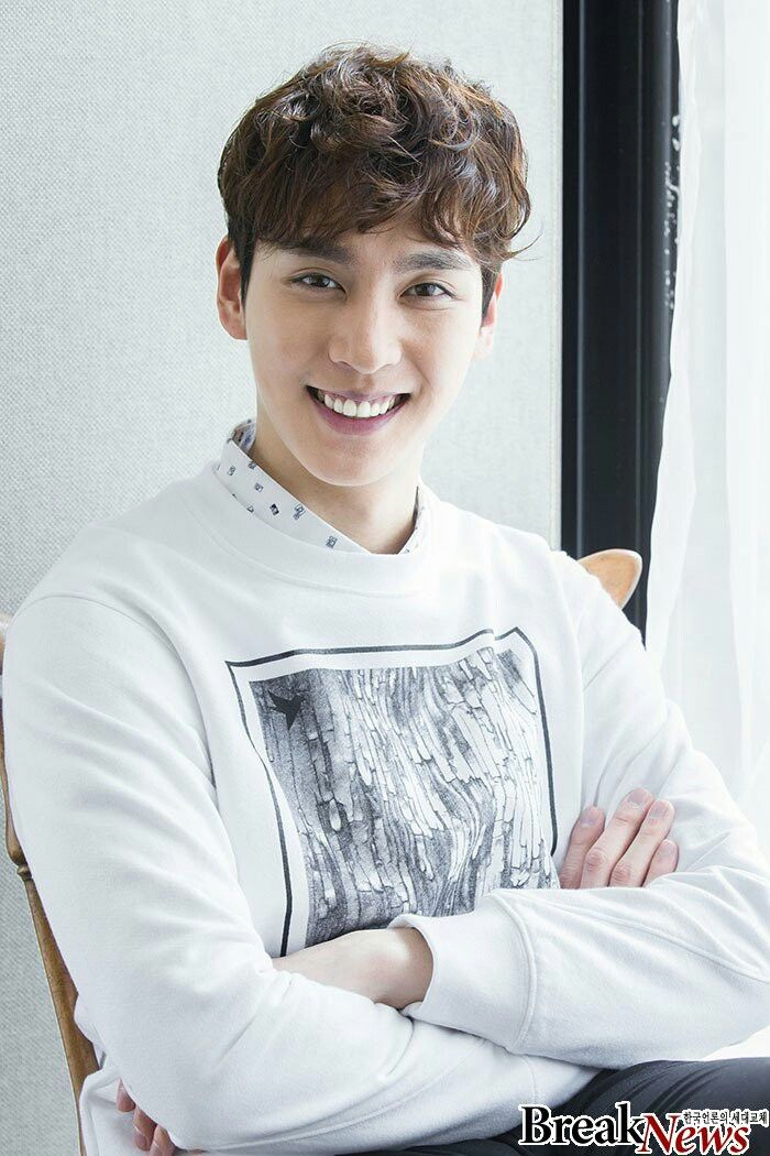 Bạn trai Park Shin Hye tái xuất màn ảnh nhỏ xứ Hàn bằng phim remake của gà cưng Vu Chính - Ảnh 4.