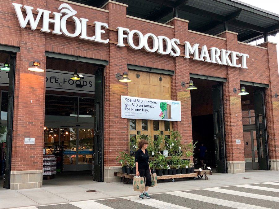 Amazon rolls out grocery pickup to challenge Kroger and