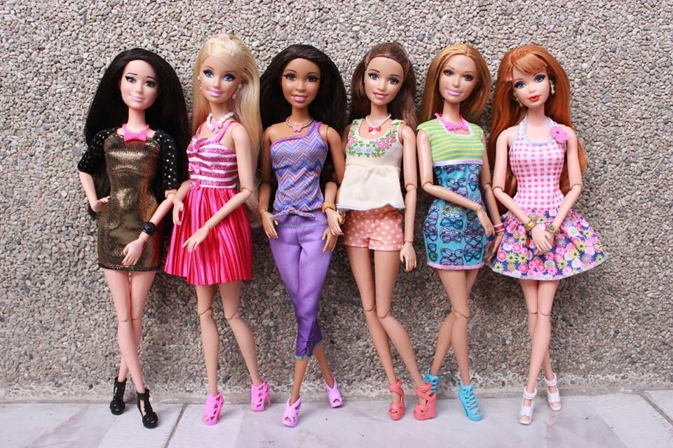 Jogos de Descubra Roupas Com Barbie no Meninas Jogos