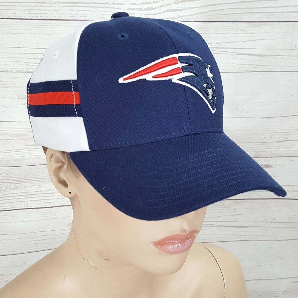 09b55369619 Reebok NFL New England Patriots flex fit football red white blue cap hat  size S  Reebok  BaseballCap