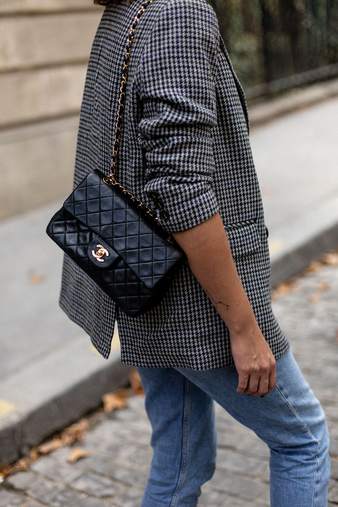 Emma Hill Style Grey Check Blazer Light Wash Boyfriend Jeans Vintage Chanel Classic Flap Bag S Chanel Bag Classic Vintage Chanel Bag Chanel Classic Flap Bag
