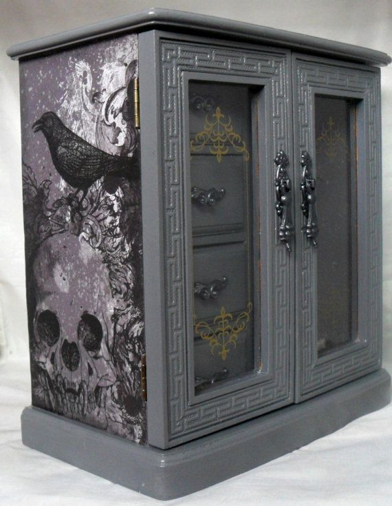 skull raven gothic jewelry box by nacreous alchemy. Black Bedroom Furniture Sets. Home Design Ideas