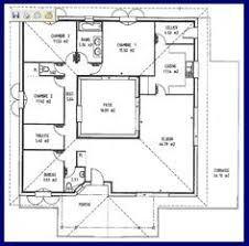 r sultat de recherche d 39 images pour plan de maison carre avec patio interieur patio. Black Bedroom Furniture Sets. Home Design Ideas
