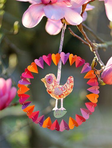 oiseau liberty fa on attrape r ve tuto crochet and craft. Black Bedroom Furniture Sets. Home Design Ideas