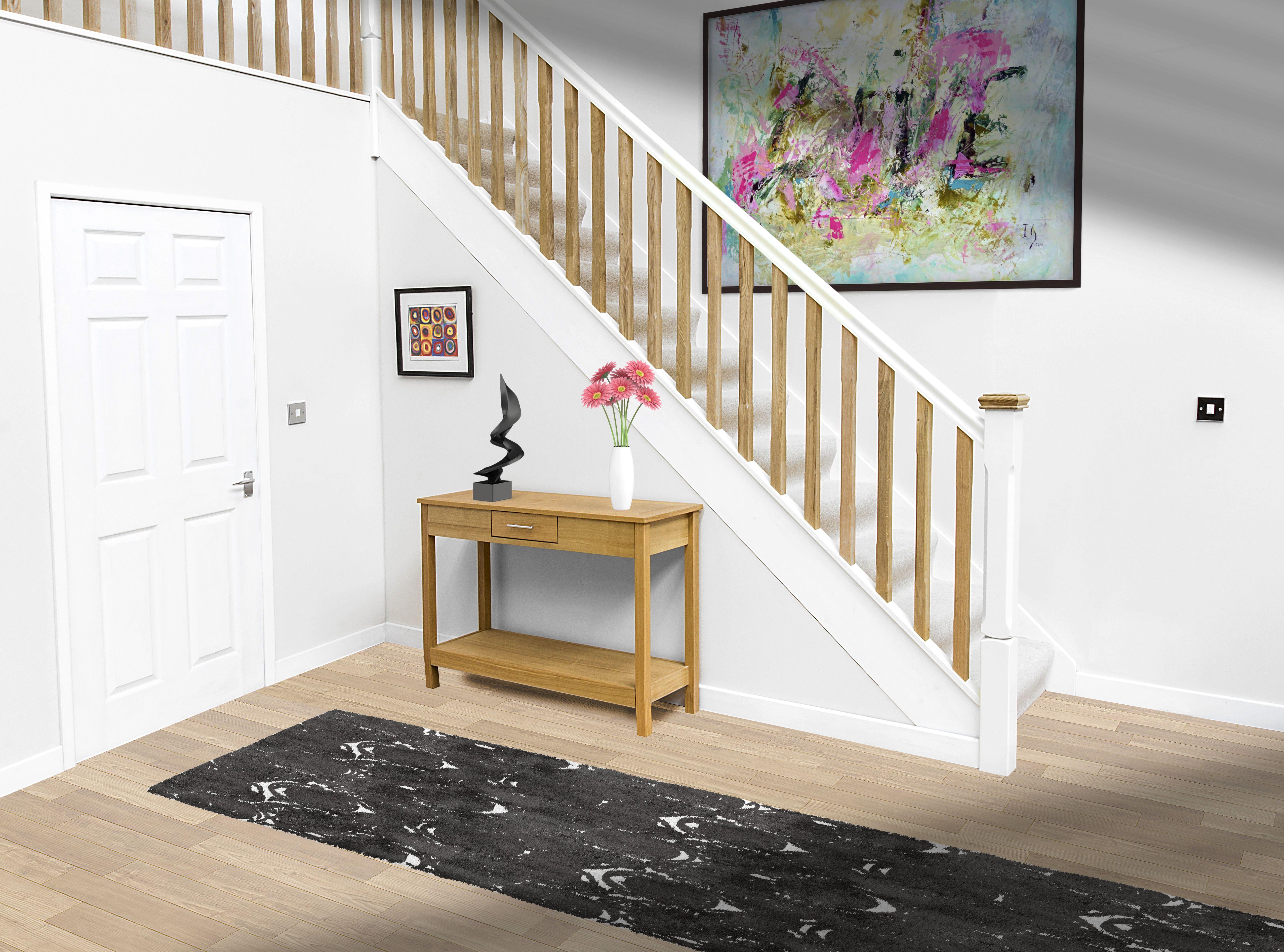 Best White Primed Handrail With Oak Spindles Internal Oak 400 x 300