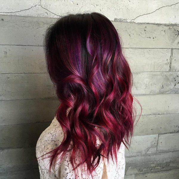 Black hair with colored highlights rose hair color - Coloration rouge cerise ...