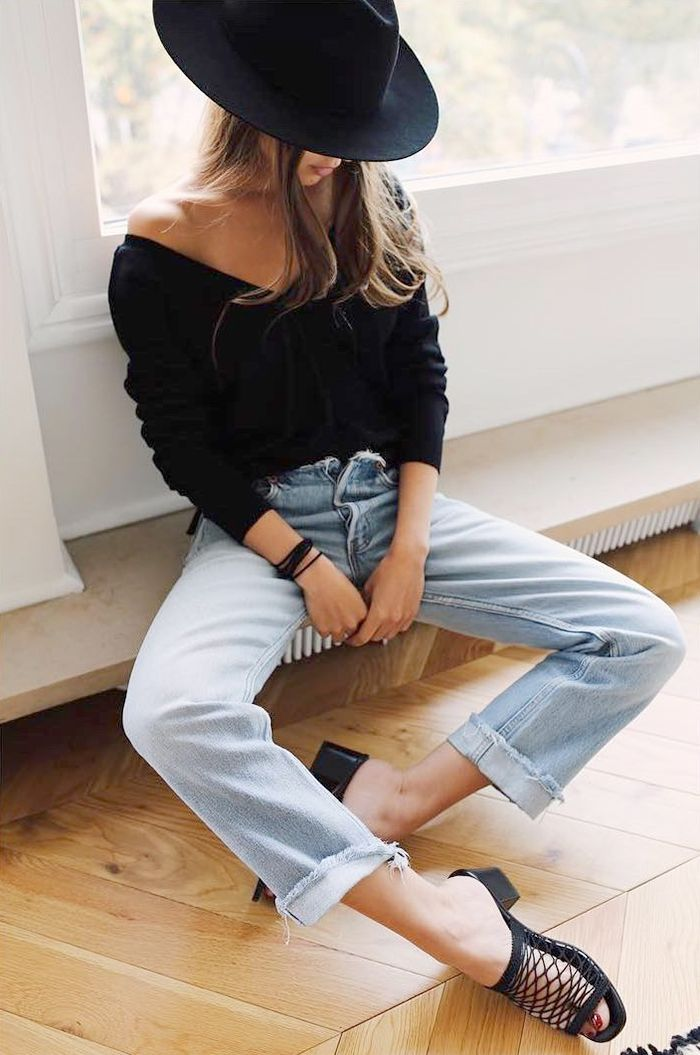 The Under-$150 Jeans French Girls Love via @WhoWhatWearAU