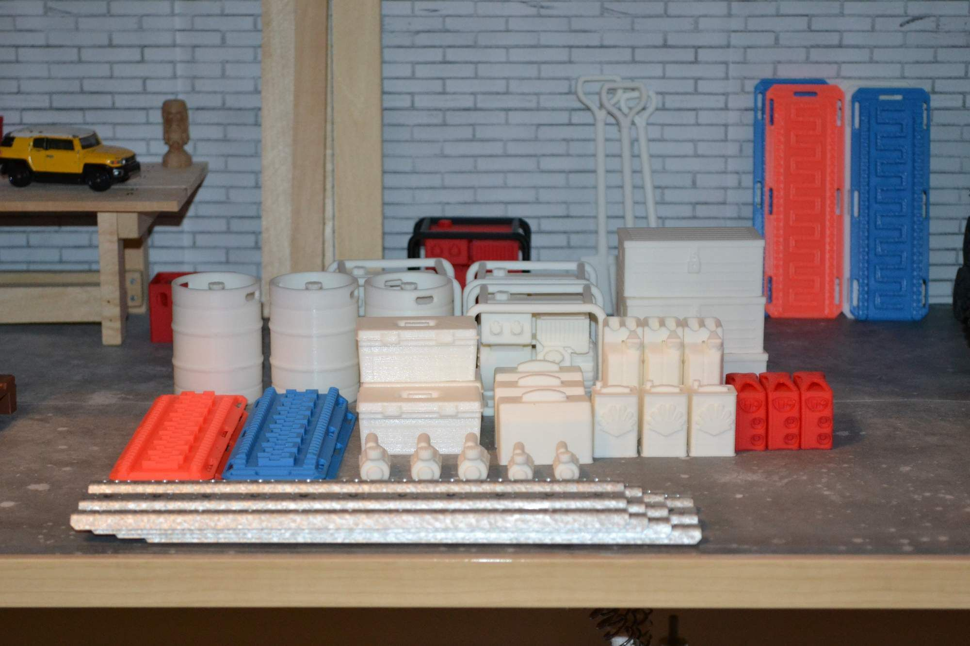 Scale accessories for rc car garage  3D printed items for sale  | Scale