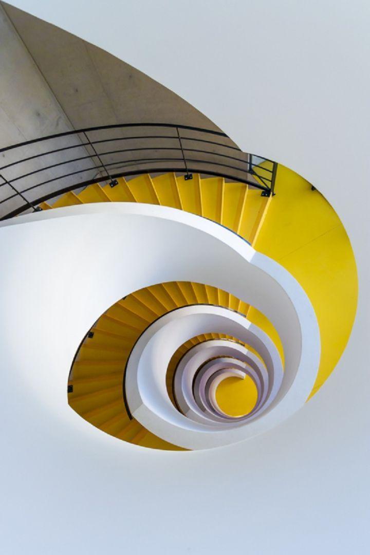 Cyclone eye (Lyon, 2012) - Photo Loïc Vendrame | Stairs, Doors