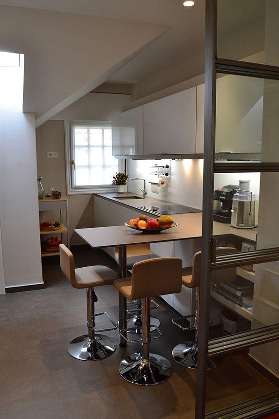 Claves para crear un office en la cocina con estilo - Blog Neff