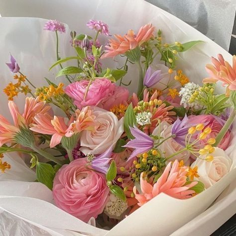 Photo of dreamy flowers
