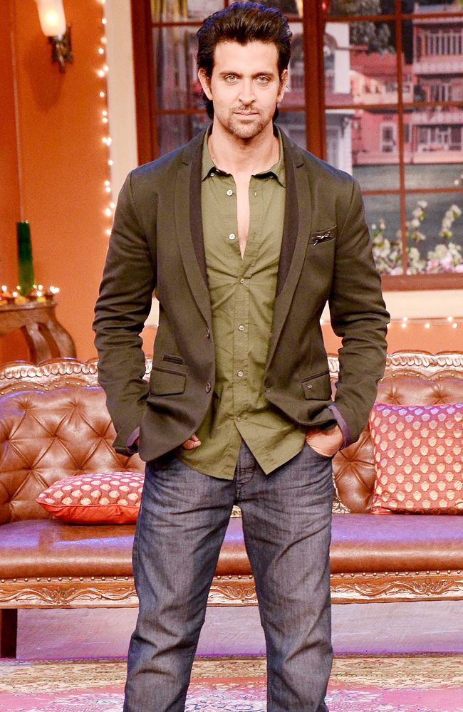hair style names hrithik roshan looking smart in an olive green shirt 4576