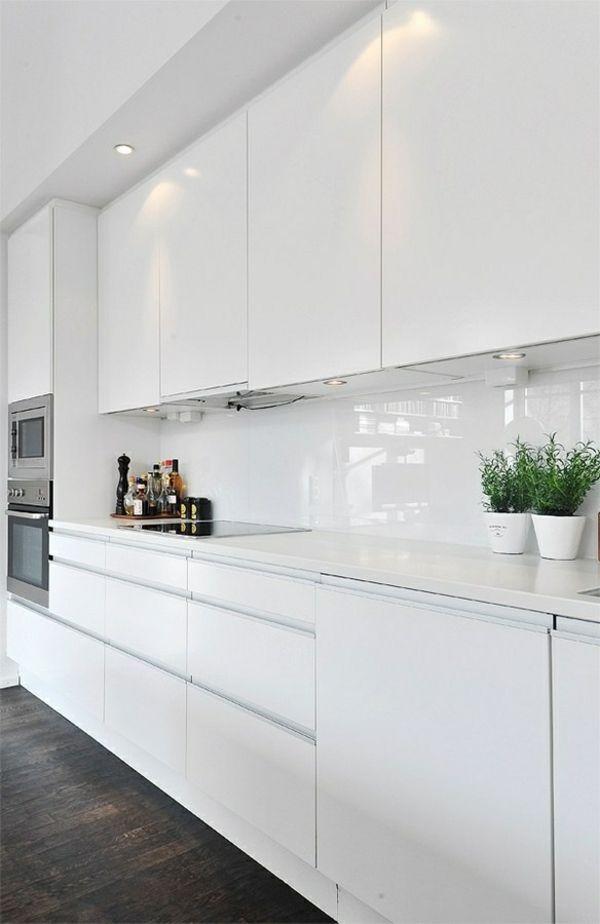 Moderne Weisse Kuchen Kucheneinrichtung In Weiss Planen Home