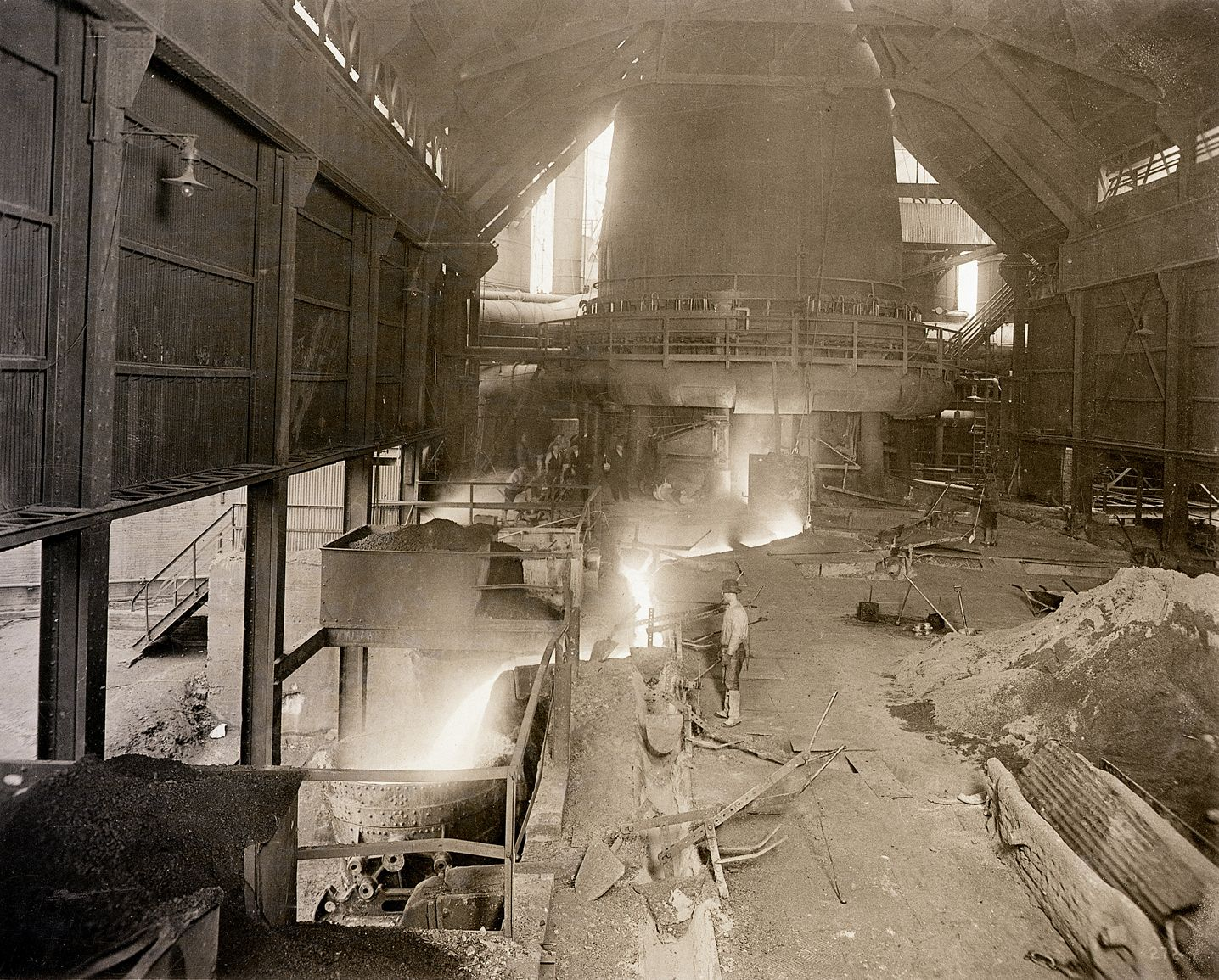 A dynamic image of the inside of Duquesne Steel and a