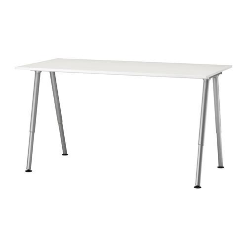 IKEA - THYGE, Arbeidsbord, , Du kan montere bordplata i en høyde som passer deg, siden bena kan justeres, 60–90 cm.Melaminflaten er holdbar, flekkavvisende og enkel å holde ren.En dyp bordplate gir en stor arbeidsflate slik at du kan sitte i behagelig avstand fra PC-skjermen.