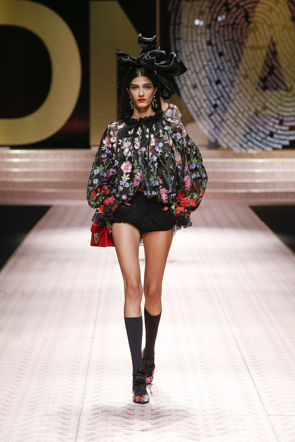 competitive price 597c1 df909 Dolce & Gabbana Spring/Summer 2019 #DGDNA Women's Fashion ...