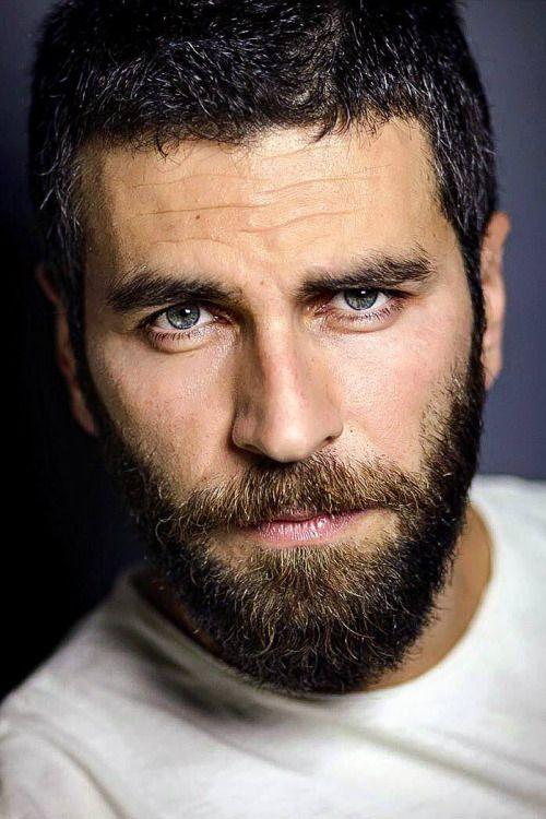 испанская бородка фото цветы волосах