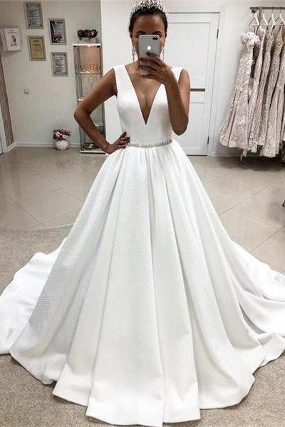 Elegantes tiefes V-Ausschnitt einfache Ballkleid Brautkleider Brautkleider € 299.55 SAPDXC5AG3 – SchickeAbendKleider.de