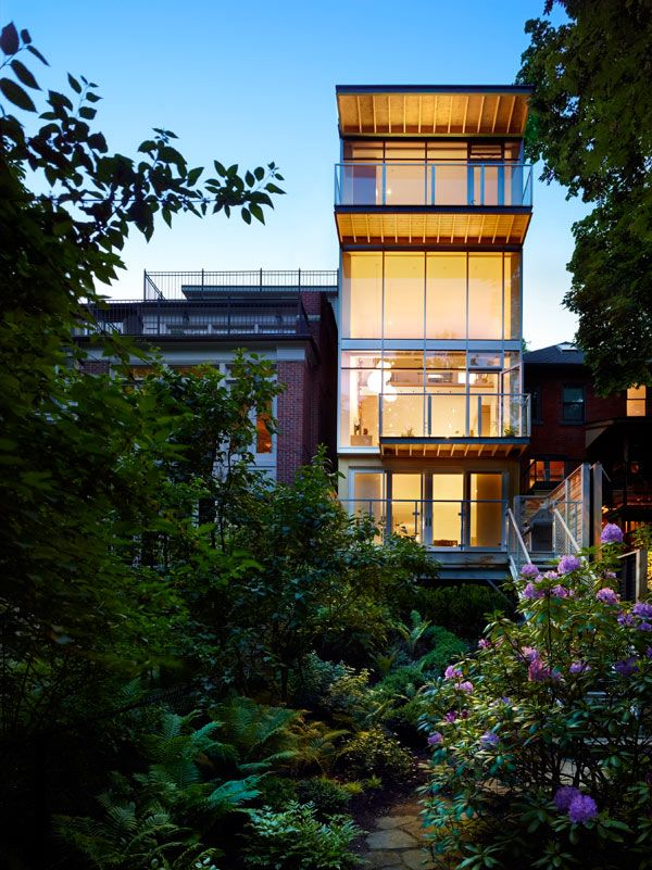 Cedarvale Ravine House Designed By Drew Mandel Architects: Infill Residential Project In Toronto: Cedarvale Ravine