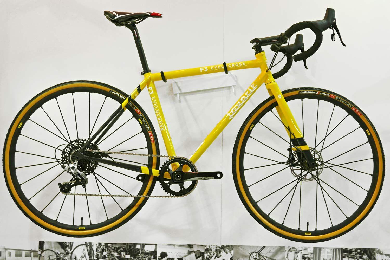 Eb17 Favorit F1 F3 Custom Carbon Road Cross Gravel Bikes