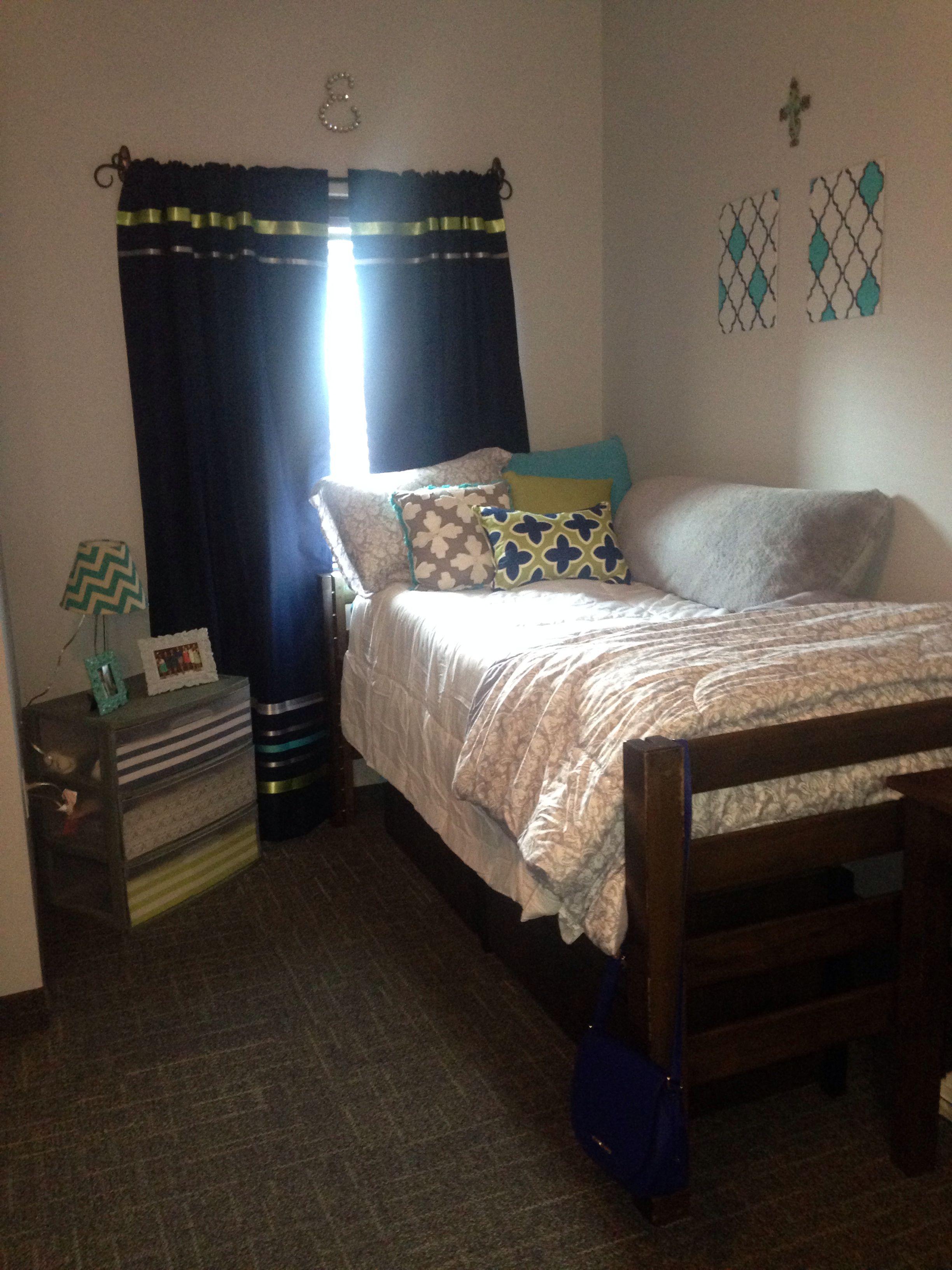 University Of Kentucky Dorm Room In 2019 Dorm Room