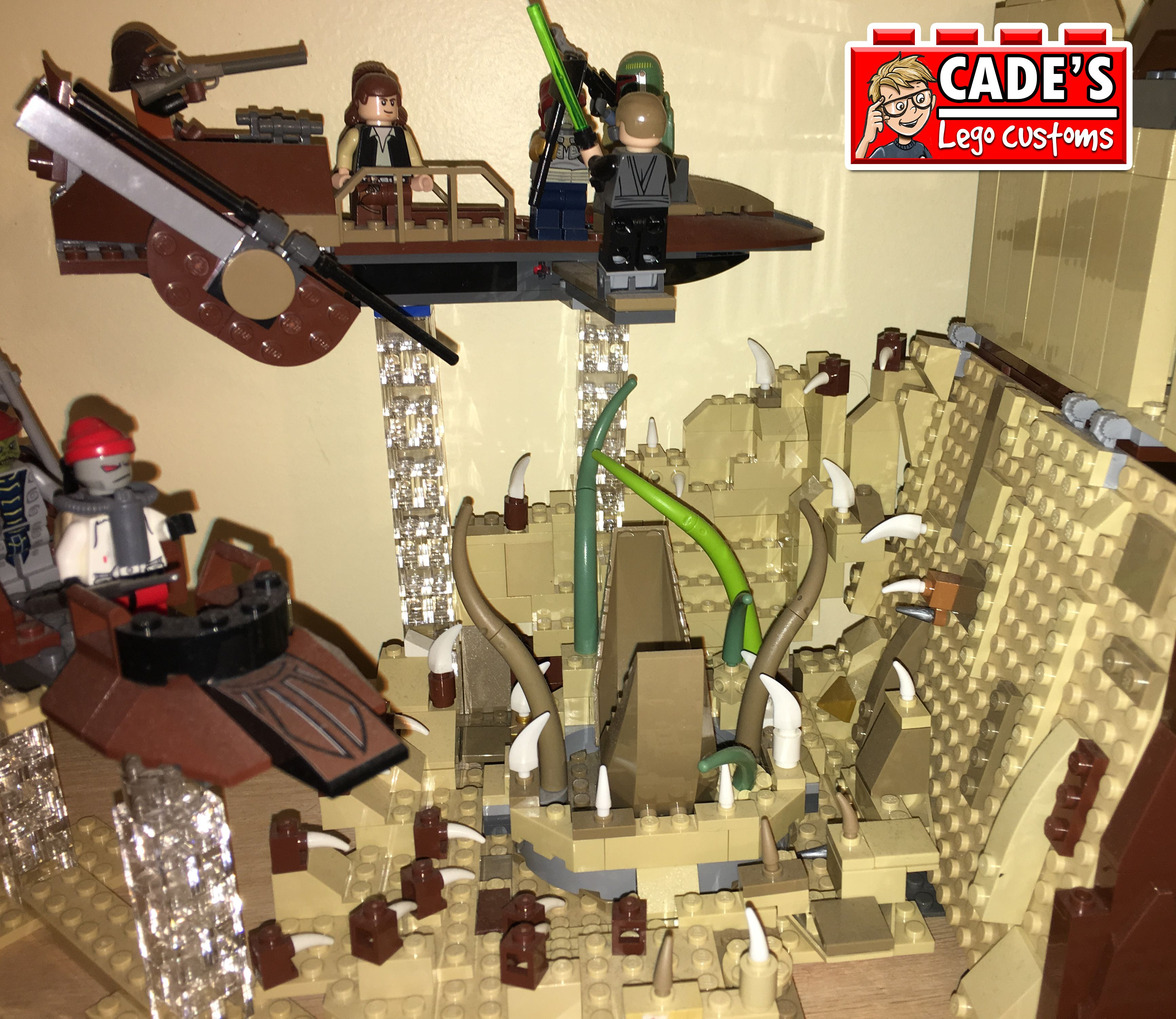 Sarlacc Pit connected to custom Jabba's Palace | Cade's Lego