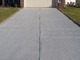 How to pour a concrete driveway yourself outdoor decor for How to pour a concrete driveway