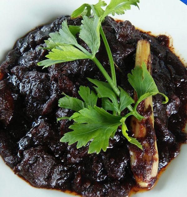 Resepi Daging Masak Hitam Sarawak Bahan Bahan 1 Kg Daging Dipotong Kecil 100gm Gula Merah Atau Gerek 150gm Kismis Hitam 3 Makanan Resep Makanan Masakan Simpel