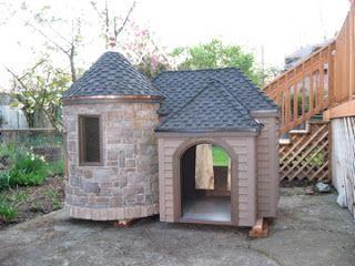 Dog Castle In 2020 Luxury Dog House Cool Dog Houses Dog Mansion