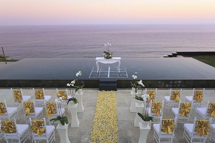 Cliff Front Wedding Venue In Uluwatu Bali For Rent By Realty Id