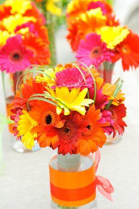 {diy Projects} Gerbera Daisy Centerpieces - BridalTweet Wedding Forum & Vendor Directory