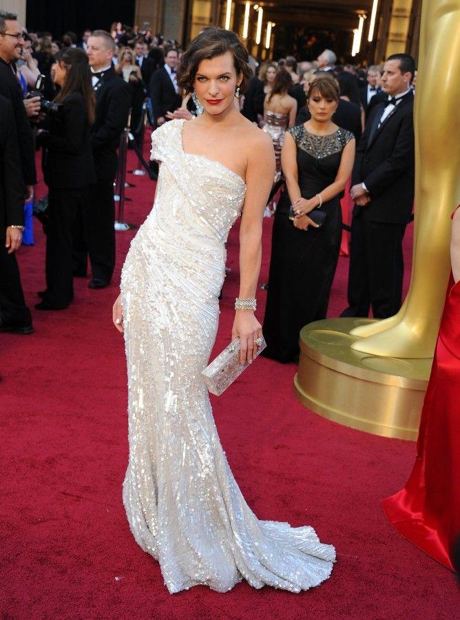 Fade Styles Milla Oscar DressesMilla JovovichGorgeous Wedding DressCouture DressesWoman CrushClothing StylesElie SaabCeleb