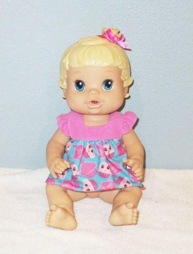2008 Baby Alive Hasbro 13 Blond Blue Eyes Drinks Wet Baby Doll With Dress Baby Alive Baby Items Baby Dolls