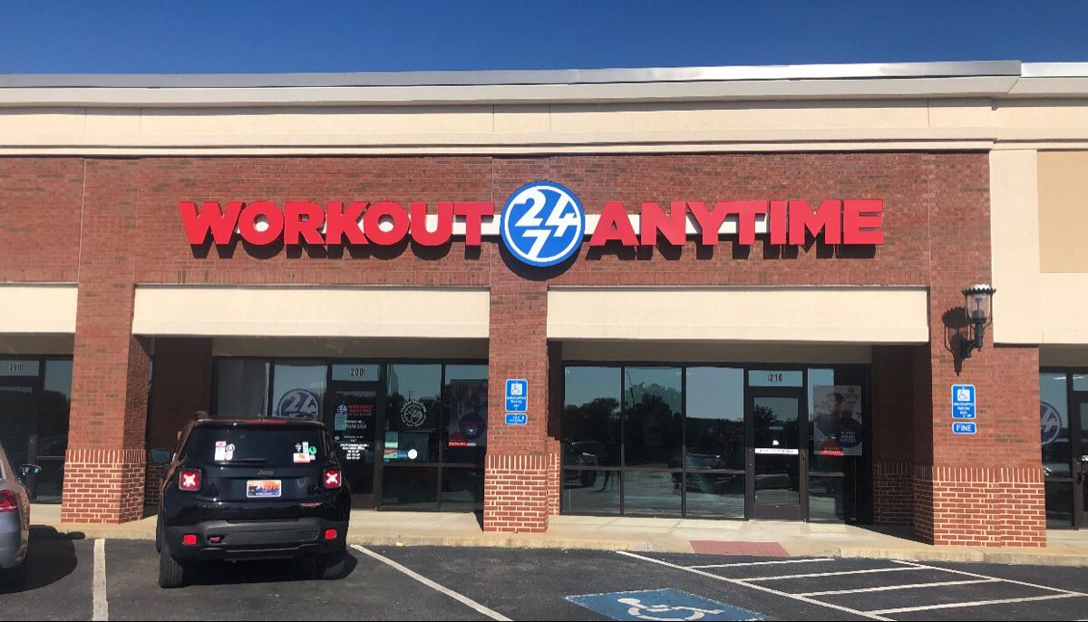 Spring Hill Tennessee Anytime Fitness Strength Training Equipment Hiit Training