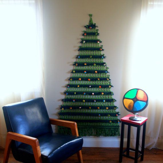 MID CENTURY CHRISTMAS Tree Macrame Wall Hanging Super Cool 1960s Vintage  Handmade Retro Christmastime Decoration Wall