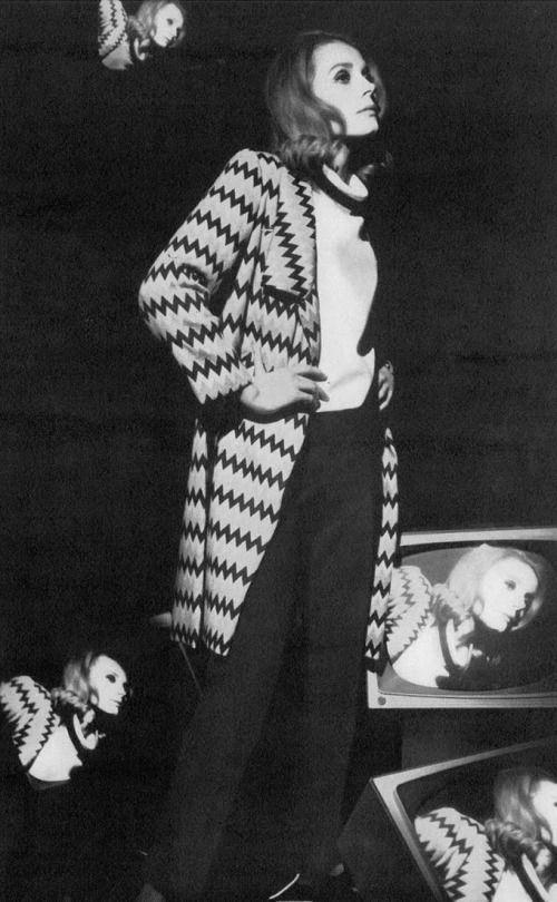Françoise Dorléac by Helmut Newton _ Vogue UK, March 1967.