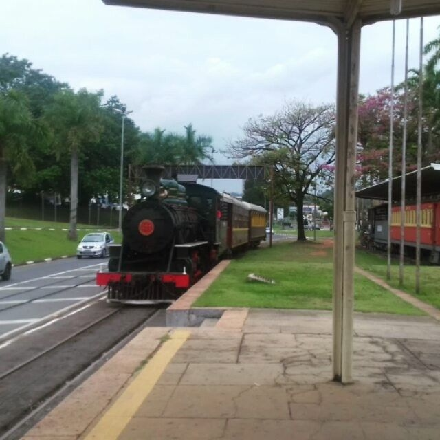 A FEART dando as boas-vindas aos alunos do Sesi-Piracicaba. 🙌🙋🙅🙆 ❤ 🚂  #Passeio #MariaFumaça #Campinas #Jaguariúna #Trem #Excursões #Escola#PasseioTurístico #Turismo