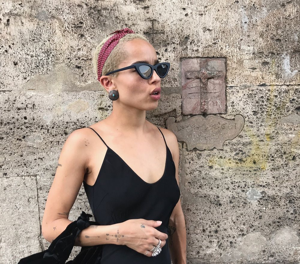 Rock the Cat-Eye Trend Like Ultimate Cool Girl Zoë Kravitz #zoekravitzstyle Get Zoe Kravitz's Cat-Eye Shades - Essence #zoekravitzstyle Rock the Cat-Eye Trend Like Ultimate Cool Girl Zoë Kravitz #zoekravitzstyle Get Zoe Kravitz's Cat-Eye Shades - Essence #zoekravitz