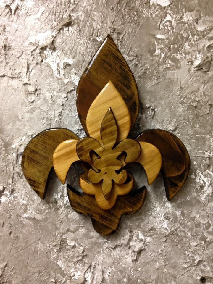 Ctfdl4 Handcrafted Cypress Tri Layered Wooden Fleur De Lis Wall