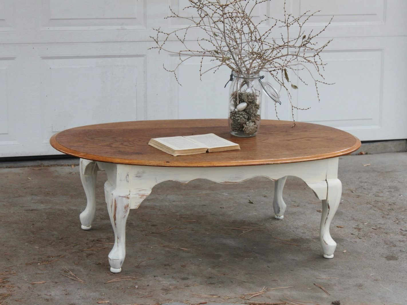 Lovely Round Coffee Table 595 00 Ooak Thebellacottage Shabbychic Shabby Chic Coffee Table Round Coffee Table Coffee Table [ 1400 x 1400 Pixel ]