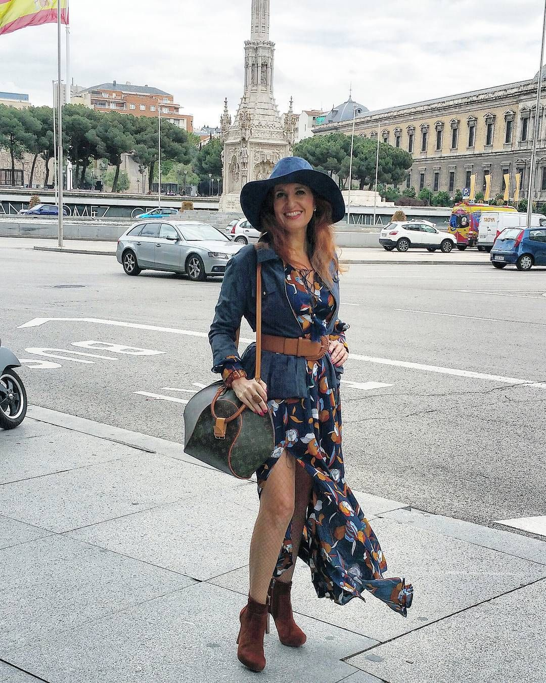 Miércoles #pressday# en los mejores#shrooms#fashionista# #madridfashion#mylook#openday#instalovers#inspiration#over40fashion#instagramers#eventos#picotheday#pretty#partytime#outfitoftheday#dress#elegance#lookdeldia#outfitideas#mystyle#nice#instalikes#influencer#trendy#livelife#bloggermadrid#instamoda#lifestyle#lovelife#coolhunting#openday# by pilar_rodero_moda