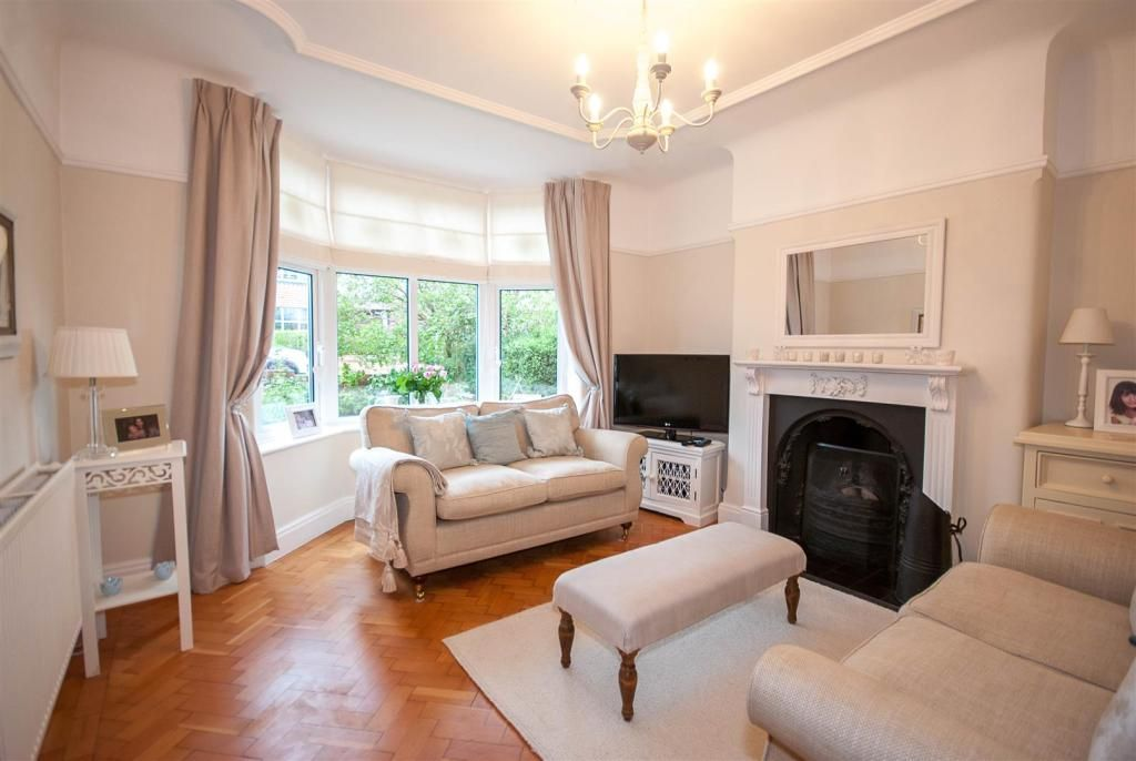 4 Bedroom Semi Detached House For Sale In Maytree Avenue Vicars Cross Chester Rightmove Photos 1930s House Interior Home 1930s House