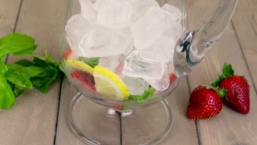 12 Best Infused Water Recipes #infusedwaterrecipes