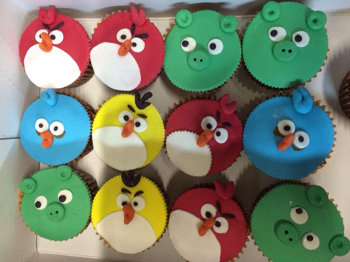 Cup cake ungry birds