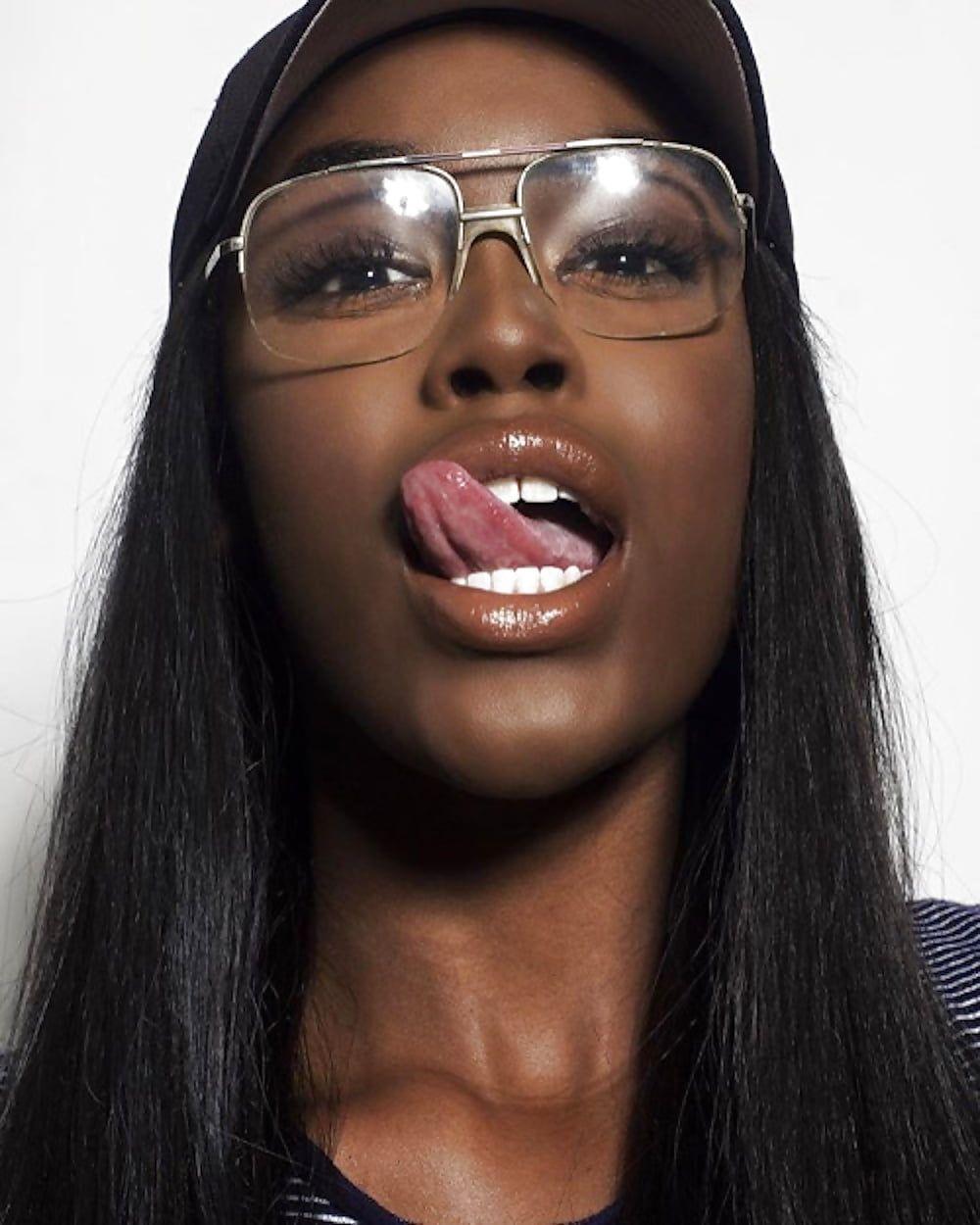 Ava Viv Women's Ebony Black Long