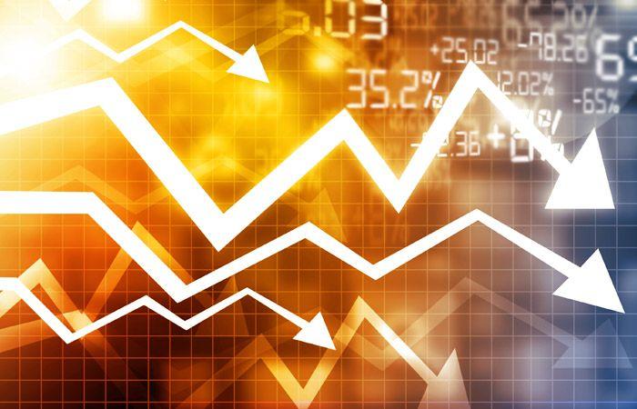 """Фондовые рынки развивающихся стран в понедельник опустились до минимума за шесть лет из-за опасений ослабления роста мировой экономики и снижения цен на нефть, сообщает агентство Bloomberg. Сводный индекс MSCI Emerging Markets падает третью сессию подряд, потеряв 0,4%. С начала года индикатор снизился уже на 11%. """"Китай и нефть входят в Read More"""
