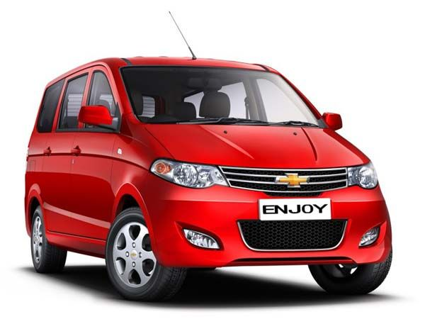 Chevrolet Enjoy Receives 2015 Facelift Is Priced At Inr 6 24 000