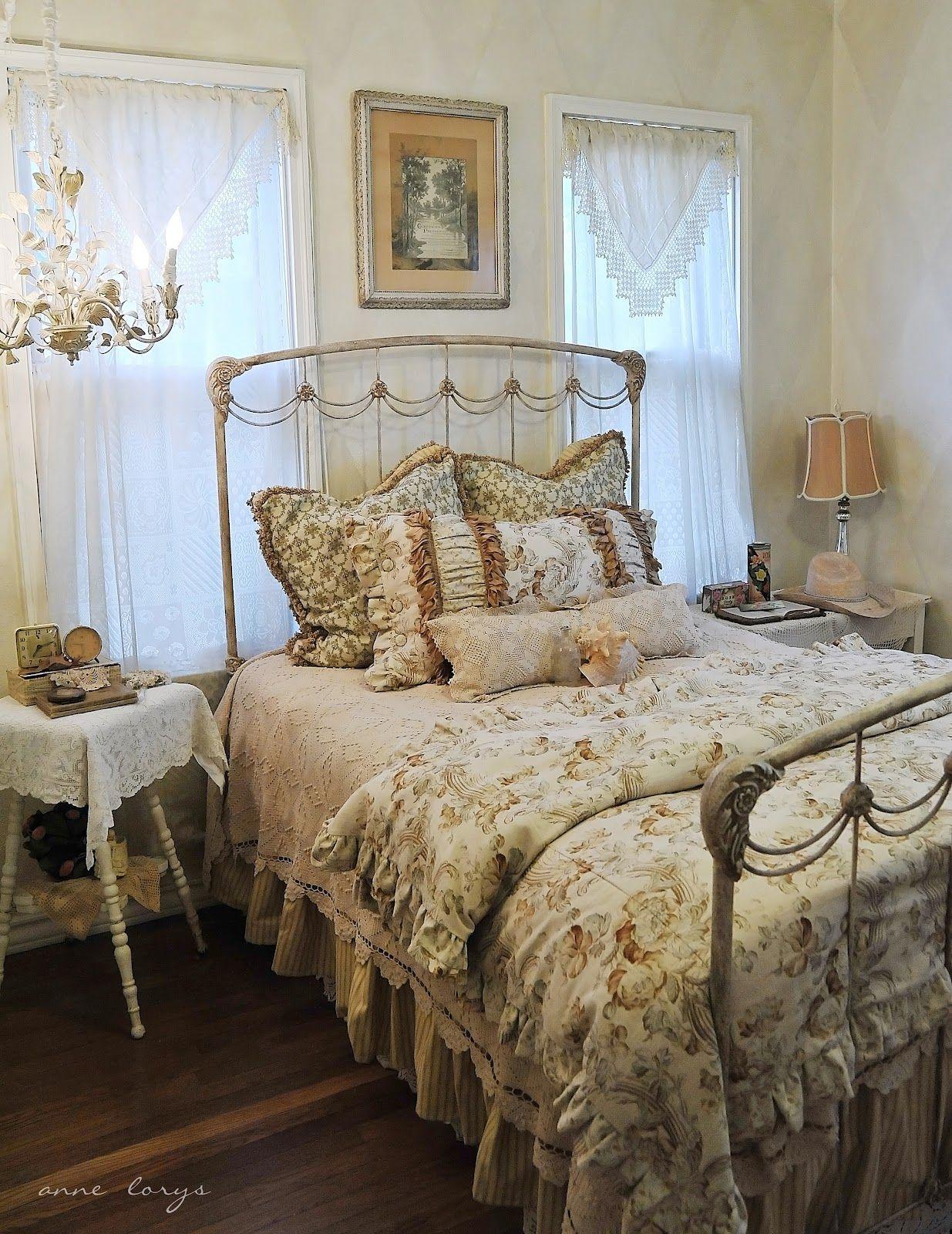 Beautiful Romantic Bedrooms: Bedroom Vintage, Farmhouse Style Master Bedroom
