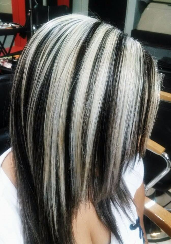 Pin By David Connelly On Chunky Streaks Lowlights 06 Hair Highlights Hair Color Highlights Hair Styles